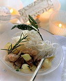 Guinea fowl ragout on rice noodles with pearl onions (2)