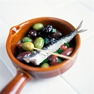 Marinated Olives with Sardine