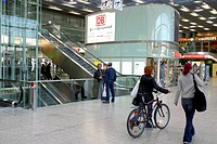 10634742, architecture, railway, railway station, Berlin, Germany, Europe, bicycle, bike, Friedrich´s grove, shops, dealings,