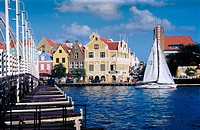St. Ana Bay crossed by The Queen Emma floating pontoon bridge at the center of Willemstad, Curaçao, Netherlands Antilles