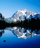 Mount Shuksan and Picture Lake, Mount Baker-Snoqualmie NationalForest, Washington, USA