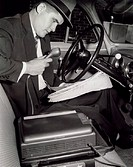 Portable dictation machine 1953