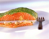 Salmon fillet with coriander pesto