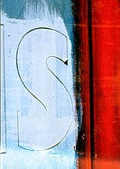 Letter S, close-up (thumbnail)
