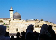 Israel, Jerusalem, crowd and cityscape