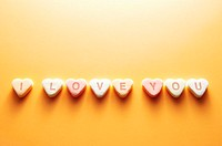 Message on heart shaped sweets (thumbnail)