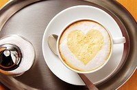 Heart shape in coffee froth
