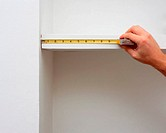 Measuring shelf length