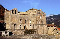 Church of ´San Pedro de Siresa´  in Valle de Hecho. Huesca province. Aragon, Spain