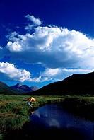 Menschen, Paare, Paar beim Camping, USA, Utah, Wintas Mountains,  Foto: James W. Kay Zelt Fluß Natur