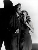 Film, ´Geheimagent T´, (T Men), USA 1947, Regie: Anthony Mann, Szene mit Dennis O´ Keefe und Mary Meade,  nadelstreifen anzug waffe schreck angst schr...