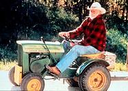 Film ´Eine wahre Geschichte´ (The straight story), USA 1999, Regie David Lynch, Szene mit Richard Farnsworth,  portrait, porträt, vollbart, alter mann...
