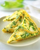 Pasta tortilla with courgettes and parsley