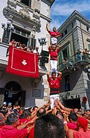 ´Castellers´ building human towers, a Catalan tradition. Vilafranca del Penedès. Barcelona province, Spain