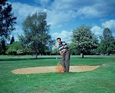 Sport & Recreation, Golf, Men, Sand bunker