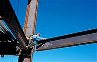 Hanging structural steel, Esquire Plaza Building. Sacramento, California. USA