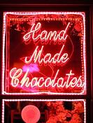Neon sign ´Hand Made Chocolates´. California. USA.