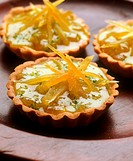 Tartlets with lemon confit