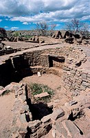 Kiva (subterranean ceremonial and social chamber) at Aztec Ruins National Monument. New Mexico, USA