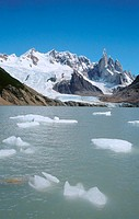 Ice floes in Laguna Torre, Cerro Torre and glacier at  the rear. El Chalten. Los Glaciares National Park. Santa Cruz province. Patagonia. Argentina