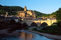 Estaing, Vallée du Lot, Midi-Pyrénées, France