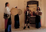 italy, molise, scapoli, musicians at the international bagpipe festival