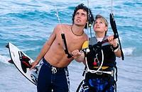 kite surfing couple