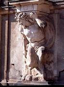 Dresden, Zwinger/Skulpturen an der westlichen Bogengalerie
