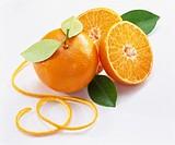 Oranges, peel and leaves