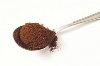 coffee powder on spoon