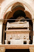 Arche Scaligere ('Scaligeri's Tombs'), Tomb of Cangrand I 'Big Dog' (d.1329), Verona. Veneto, Italy