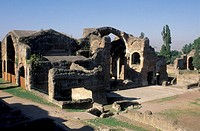 villa adriana: big baths, tivoli, italy