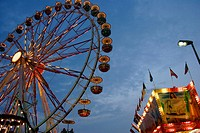 Giant wheel on a kermis 'Herbst-Dult' in Ratisbone / Regensburg, Upper Palatinate, Bavaria, Germany