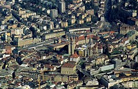 Switzerland, canton (state) of Vaud (Waadt) city of Lausanne, capital. Old city with cathedral