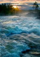 Sweden, Halsingland, Voxnan River, sunrise