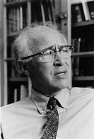 Dr. George Wald, Nobel Laureate for Medicine in 1967, Harvard University.