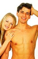 Portrait of young couple smiling (thumbnail)