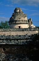 ´El Caracol´ (The Snail), observartory, Mayan ruins of Chichén Itzá. Yucatan, Mexico