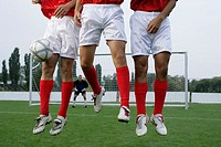 Soccer players forming a wall (thumbnail)