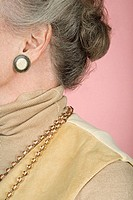 Senior woman wearing jewelery (thumbnail)