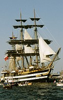 Italian three master 'Amerigo Vespucci' entering Amsterdam harbor during SAIL Amsterdam 2005 tall ships event. Netherlands