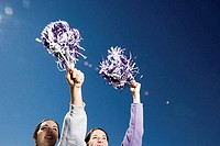 Girls cheerleading