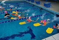 little boys, swimming pool
