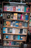 La Havana, revolutionary books (thumbnail)