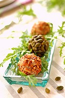 goat´s cheese balls (topic: cocktail snack)