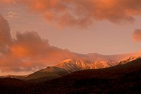 Early-Light/-Alpine-Glow-on-Mt.-Washington,-White-Mountains,-NH