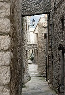 Narrow alleyway in France