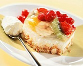 Small rice cakes with berries, fruit and nuts