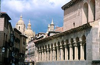 Church of San Martín (12th-14th century) and cathedral in background, Segovia. Castilla-León, Spain