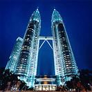 Malaysia, Kuala Lumpur, Petronas Towers at night
